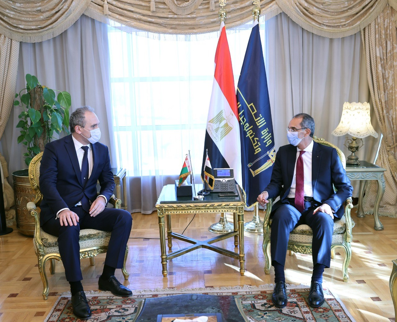 وزير الاتصالات يبحث مع سفير بيلاروسيا التعاون فى التحول الرقمى والأمن السيبرانى