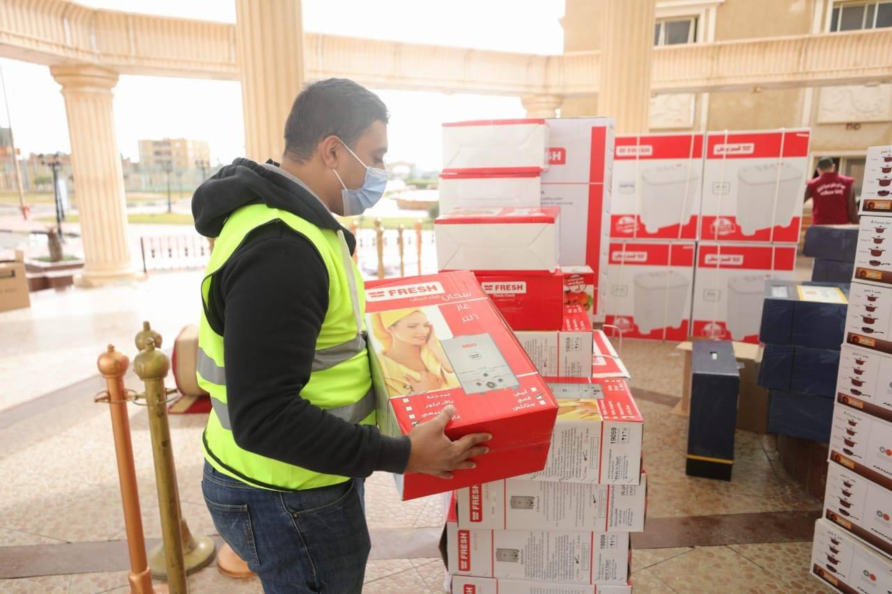 صور | قوافل صندوق تحيا مصر تصل محافظة شمال سيناء