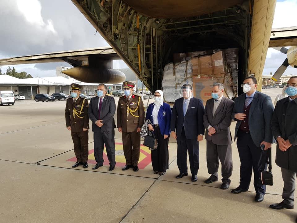 وزيرة الصحة: استمرار فتح الجسر الجوي لمساعدة لبنان في مواجهة كورونا