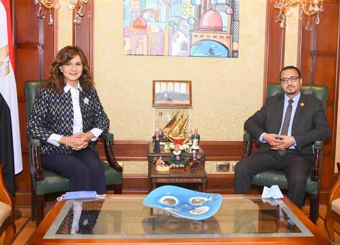 وزيرة الهجرة تستقبل عضو النواب عن المصريين بالخارج لبحث حل أزمة العالقين بسلطنة عُمان