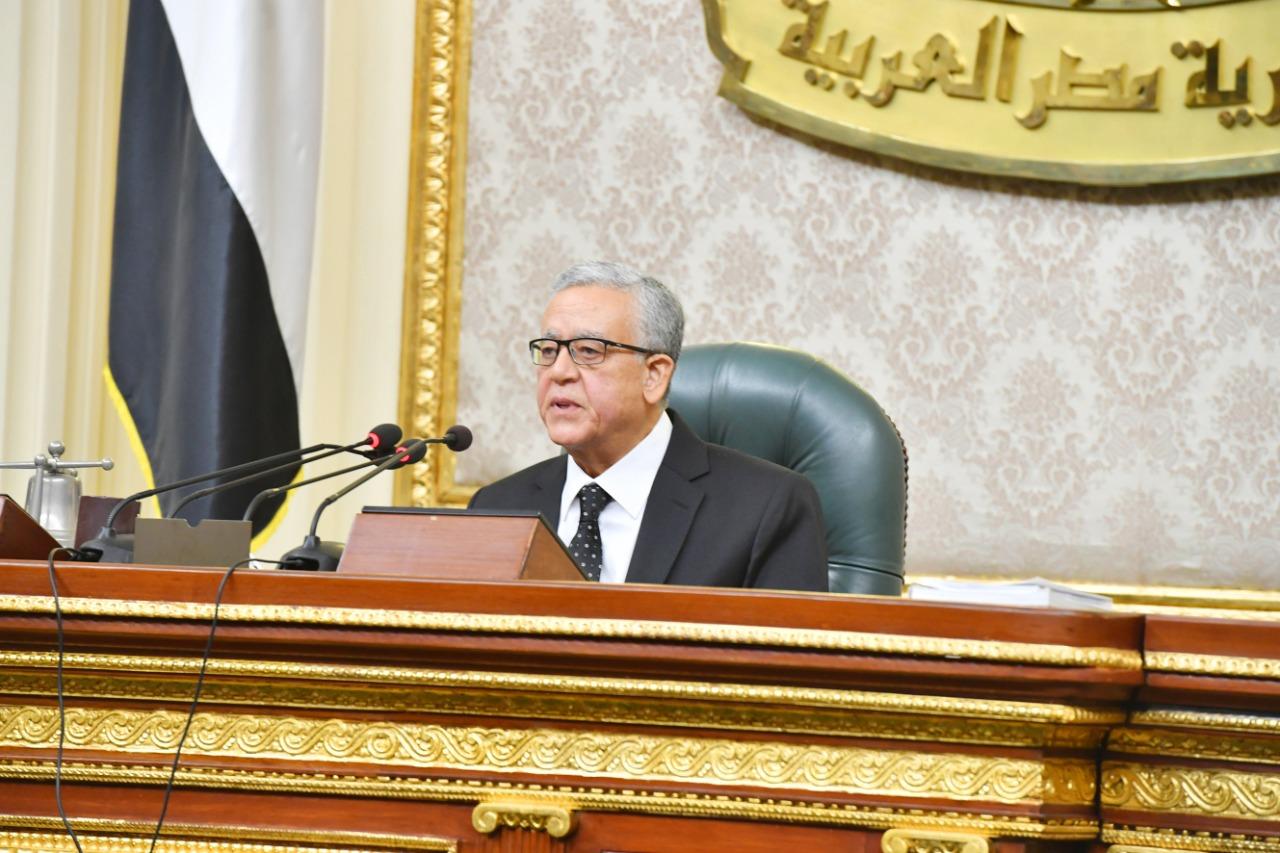 رئيس مجلس النواب يهنئ الرئيس السيسي بعيد الشرطة وثورة 25 يناير