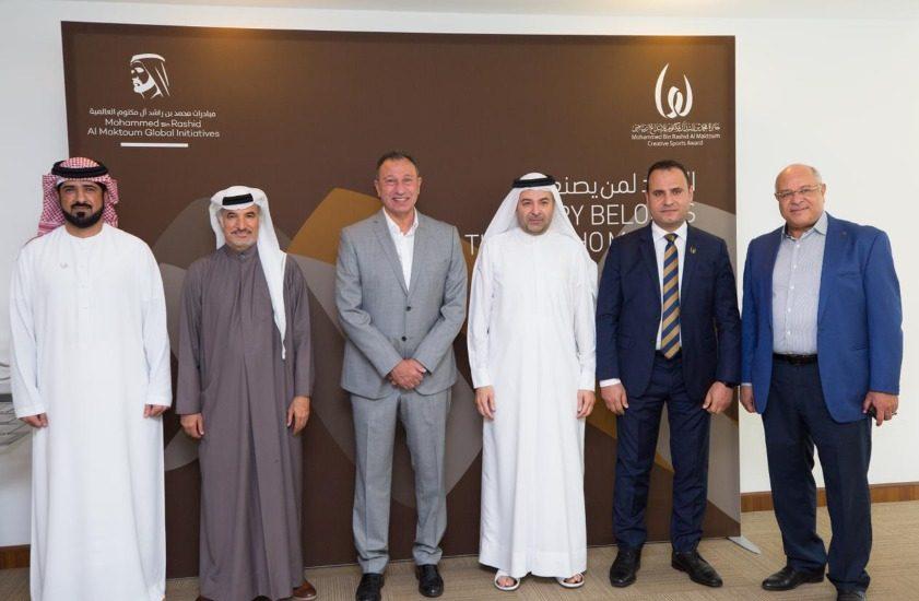رئيس النادي الأهلي يزور مقر جائزة محمد بن راشد آل مكتوم للإبداع الرياضي