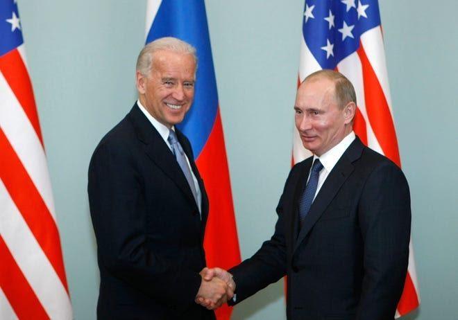 """""""الكرملين"""": عقد لقاء بين بوتين وبايدن غير مطروح حاليا"""