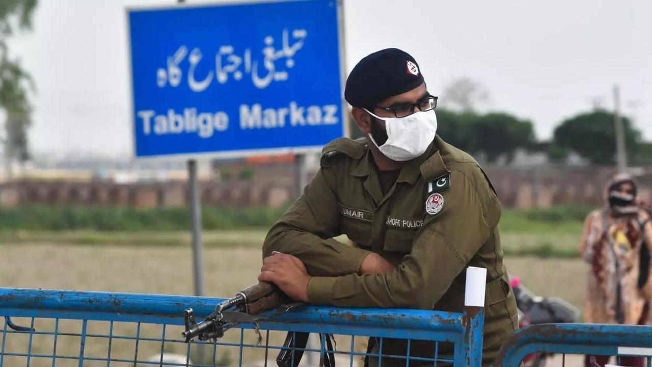 مقتل 11 عاملا وإصابة 3 آخرين فى هجوم مسلح بباكستان