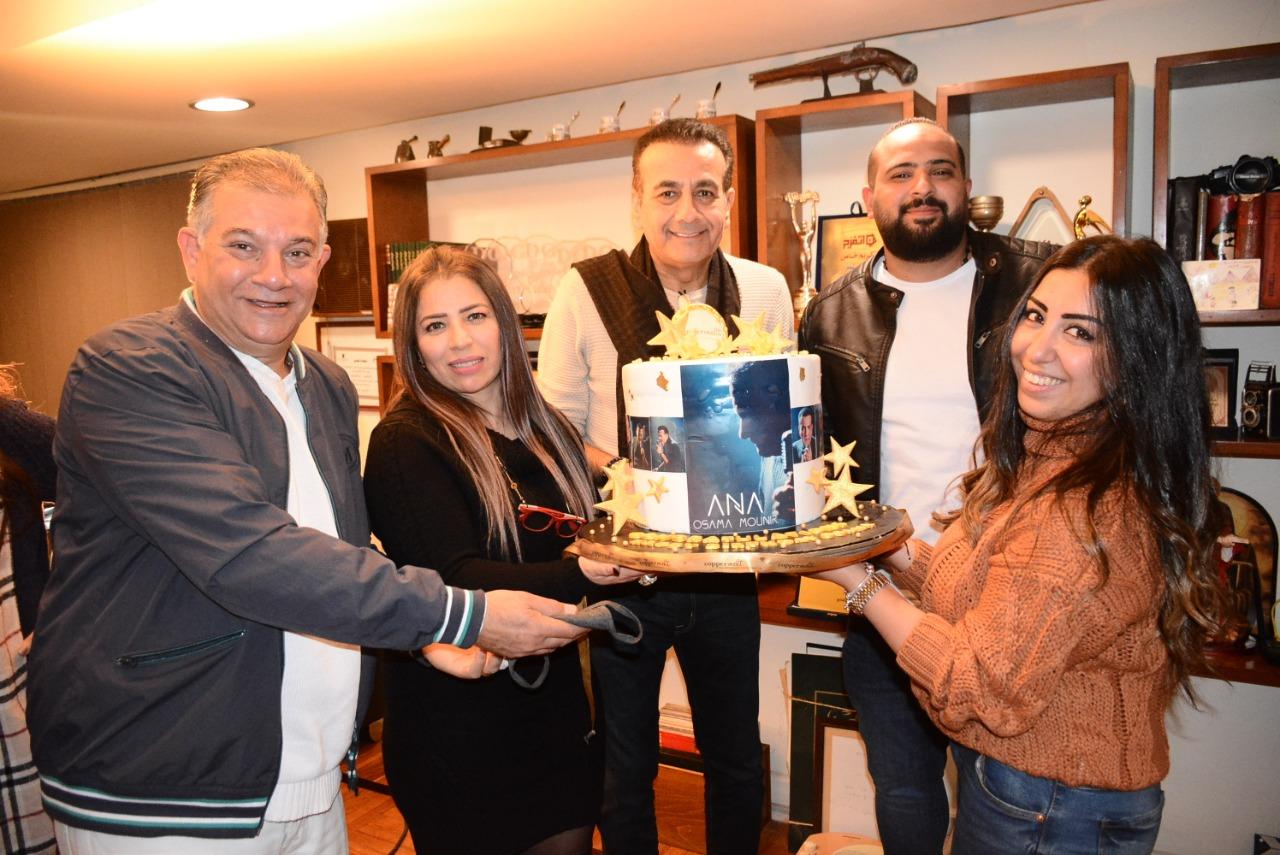 اسامة منير يحتفل بعيد ميلاده-3