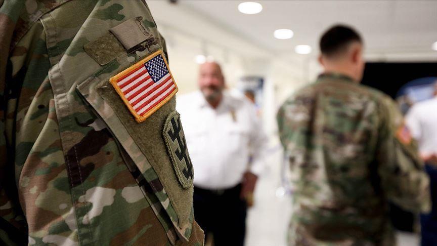 وزير الدفاع الأمريكي يدعو أفراد الجيش لتلقي اللقاحات المضادة لفيروس كورونا