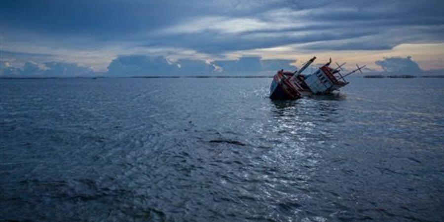 انتشال باقى جثامين ضحايا المركب الغارقة فى بحيرة مريوط بالإسكندرية