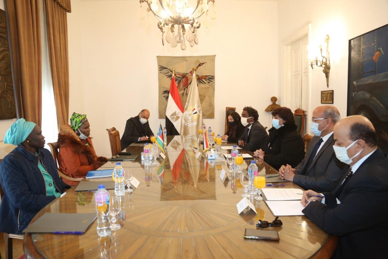 عبد الدايم: لقاء وزيرة ثقافة جنوب السودان يعكس التواصل الدائم والمستمر بين مصر وعمقها الافريقى