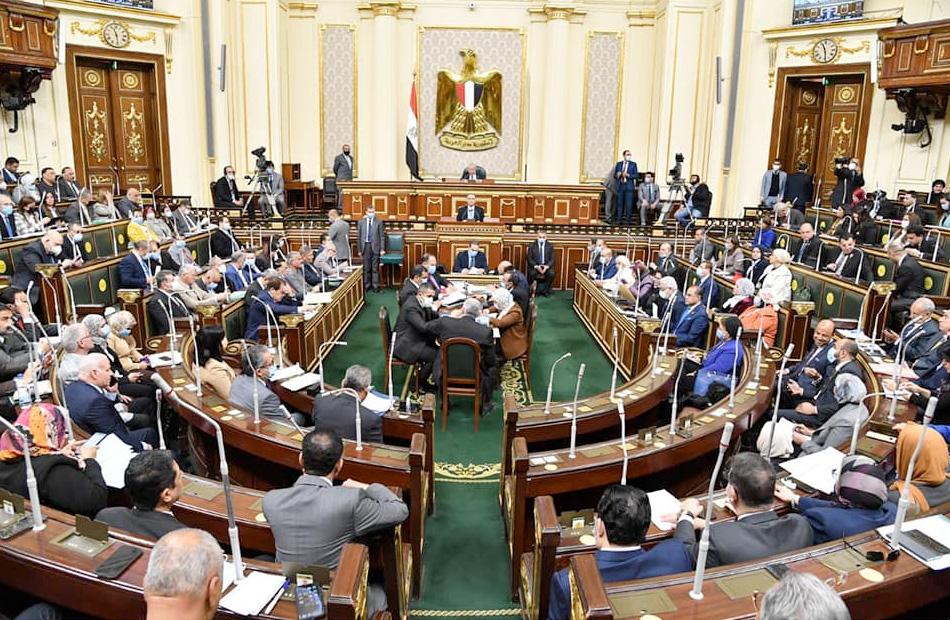 توافق بين أعضاء تشريعية النواب على تأجيل العمل بـ «قانون الشهر العقاري»