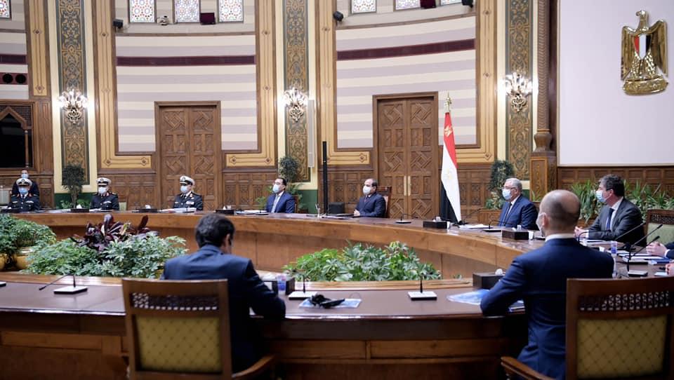 صور | الرئيس السيسي يتابع تطوير وتنمية بحيرة البردويل بشمال سيناء