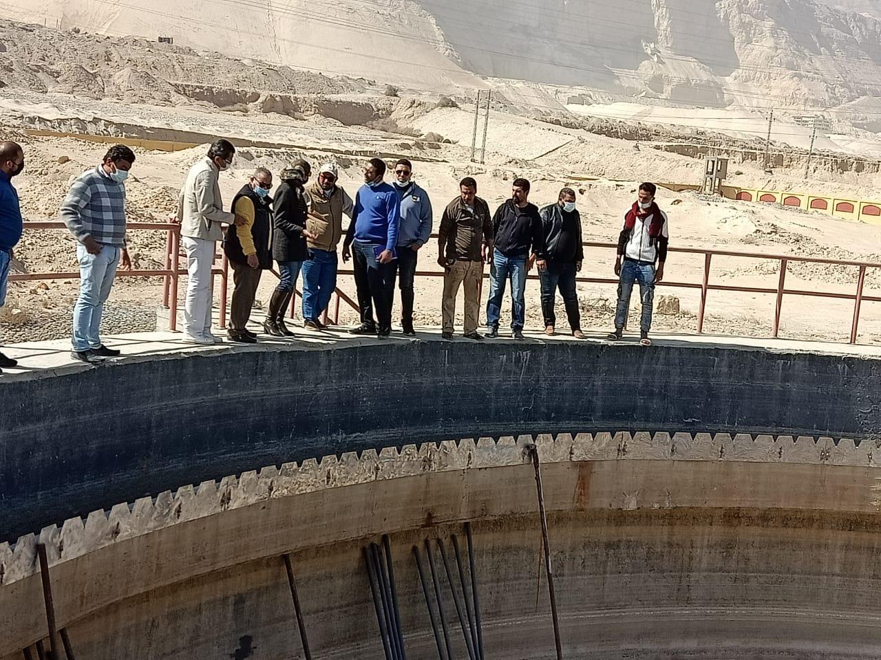 لجنة مشتركة لمتابعة الصرف الصناعي بخليج السويس وتحقيق أقصى استفادة من المياه المعالجة