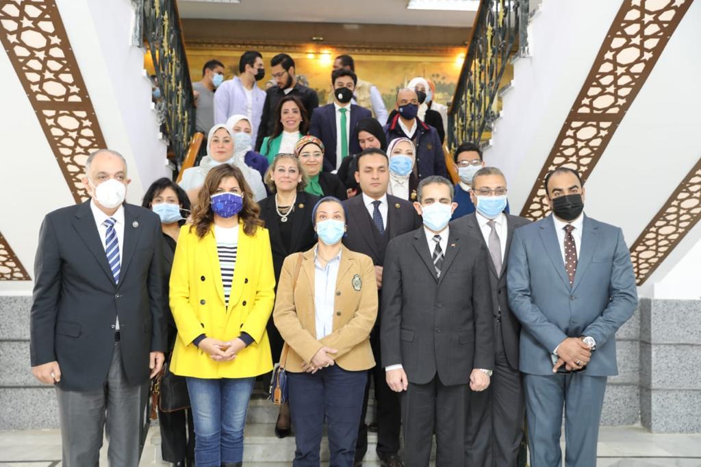 صور | وزيرة الهجرة تشكر المصريين بالخارج لدعمهم تطوير الريف المصري