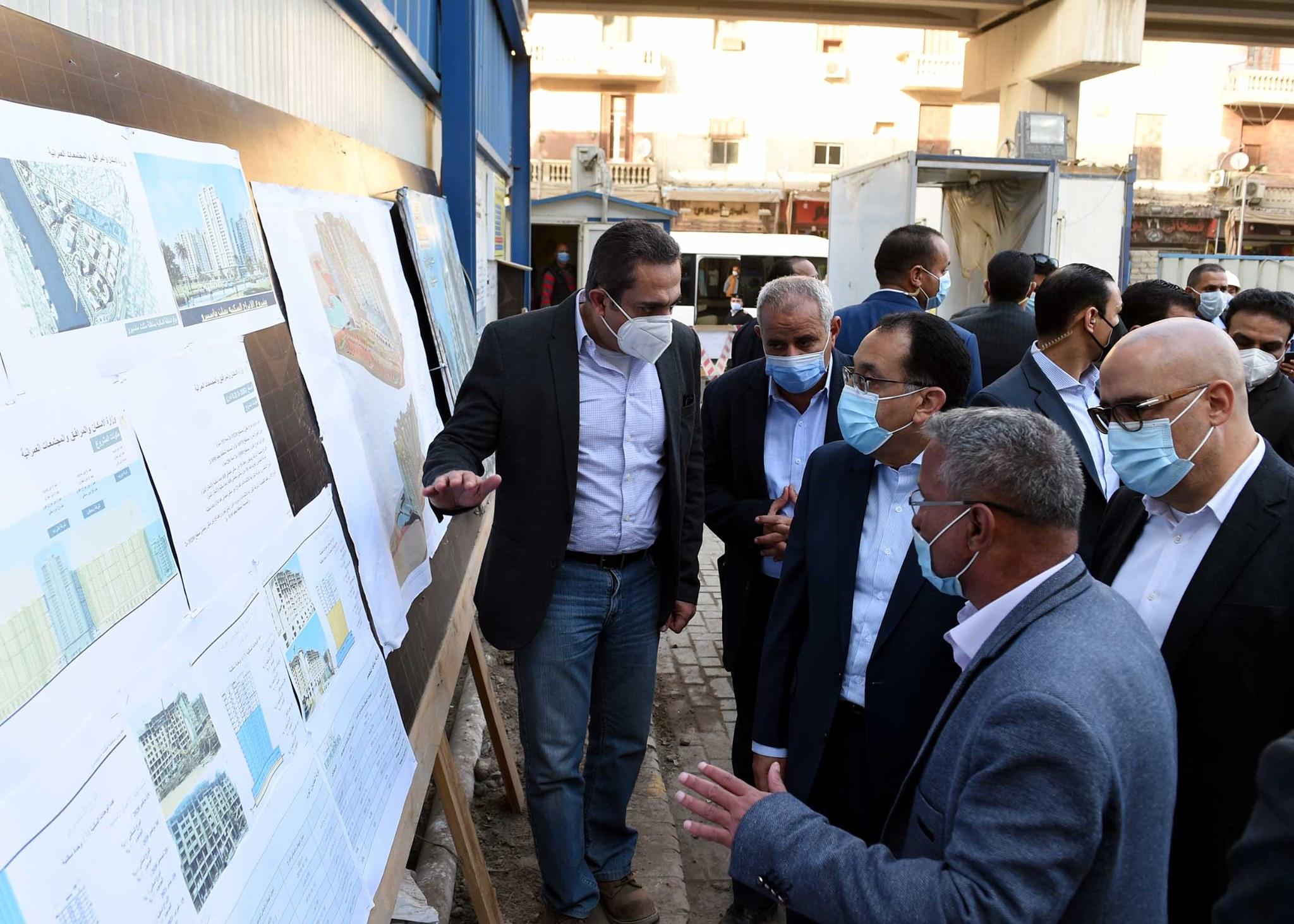 صور | رئيس الوزراء يتفقد مشروع تطوير منطقة مثلث ماسبيرو