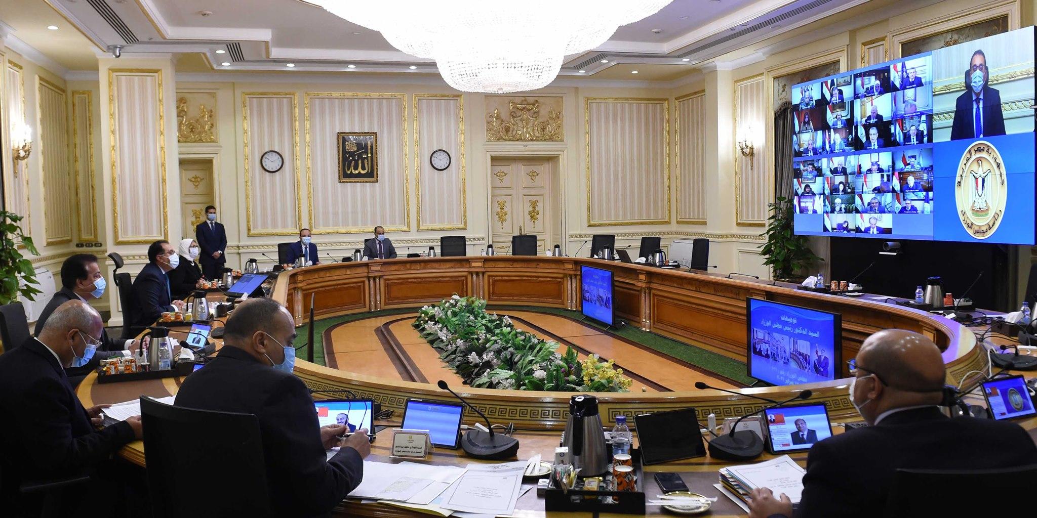 رئيس الوزراء يُوجه أعضاء الحكومة بالتواصل المستمر مع أعضاء مجلس النواب