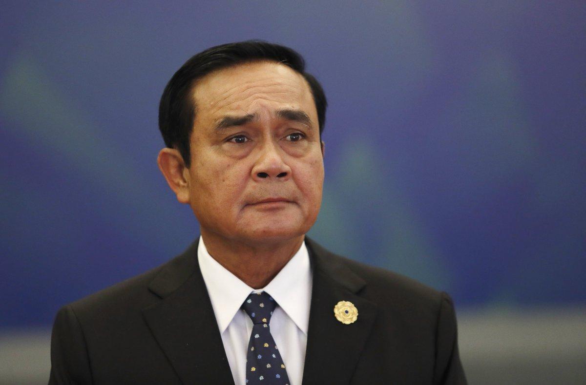 رئيس الوزراء التايلاندى ينجو من تصويت لسحب الثقة من حكومته داخل البرلمان