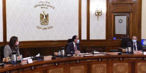 """الحكومة: مشروعات """"تطوير القرى المصرية"""" و""""التحول الرقمي"""" تحظى بأولوية قصوى"""
