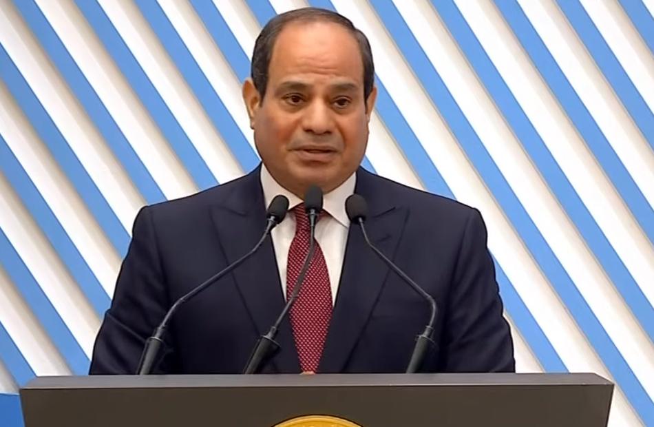 الرئيس السيسي يوجه الوزارات المعنية بالعمل على تقليص ظاهرة الغارمات في مصر