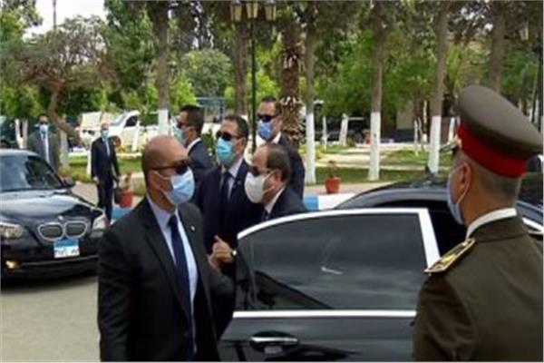 الرئيس السيسي يصل إلى مركز التدريب البحرى والمحاكاة التابع لهيئة قناة السويس