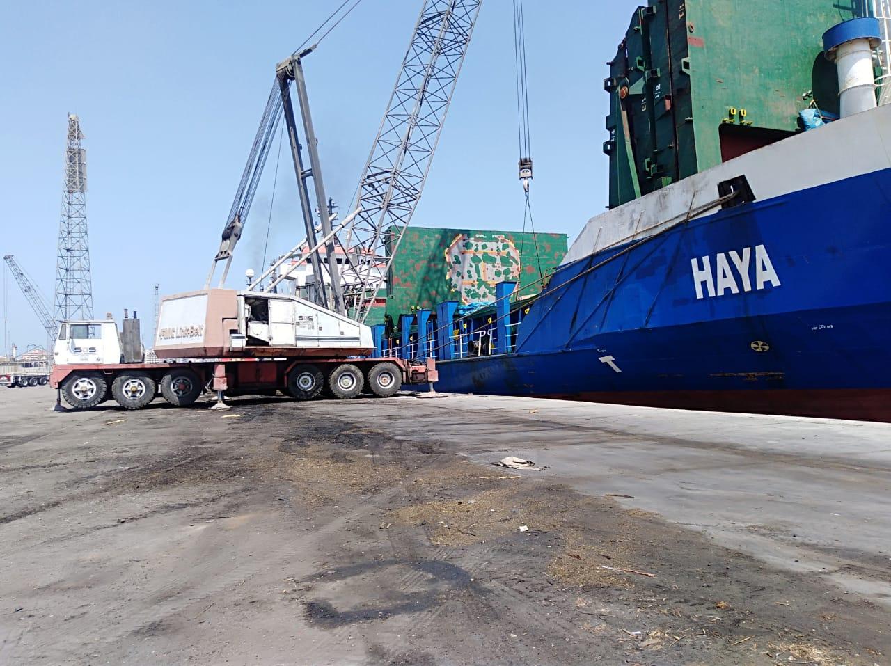 موانئ بورسعيد تستقبل السفينة HAYA لتفريغ 1800 طن مواسير