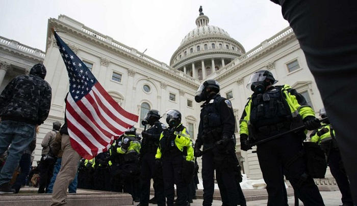 الشرطة الأمريكية تحذّر من خطة محتملة لاقتحام مبنى الكونجرس الخميس