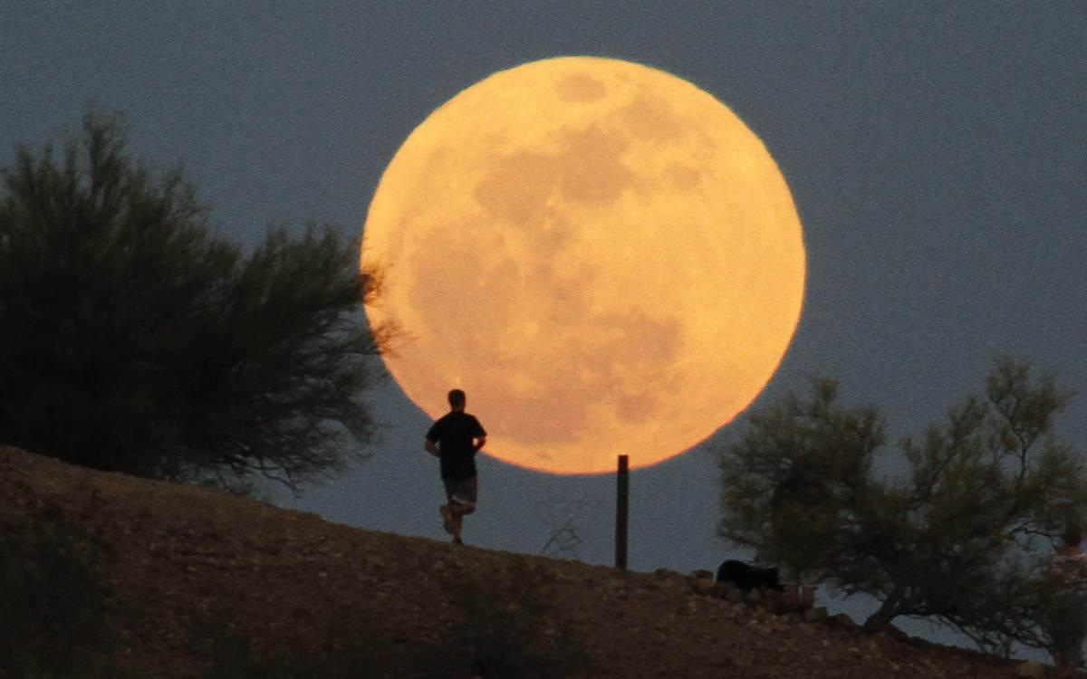 «قمر شعبان» يكتمل ويزين سماء الوطن العربي اليوم