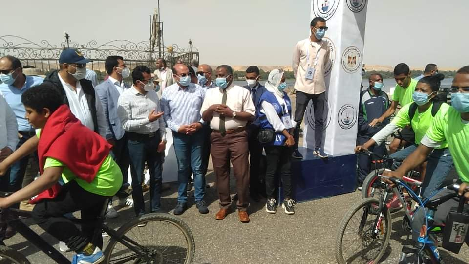 صور| وزير الشباب والرياضة يطلق مهرجان الدراجات في أسوان بمشاركة ١٠٠ شاب وفتاة