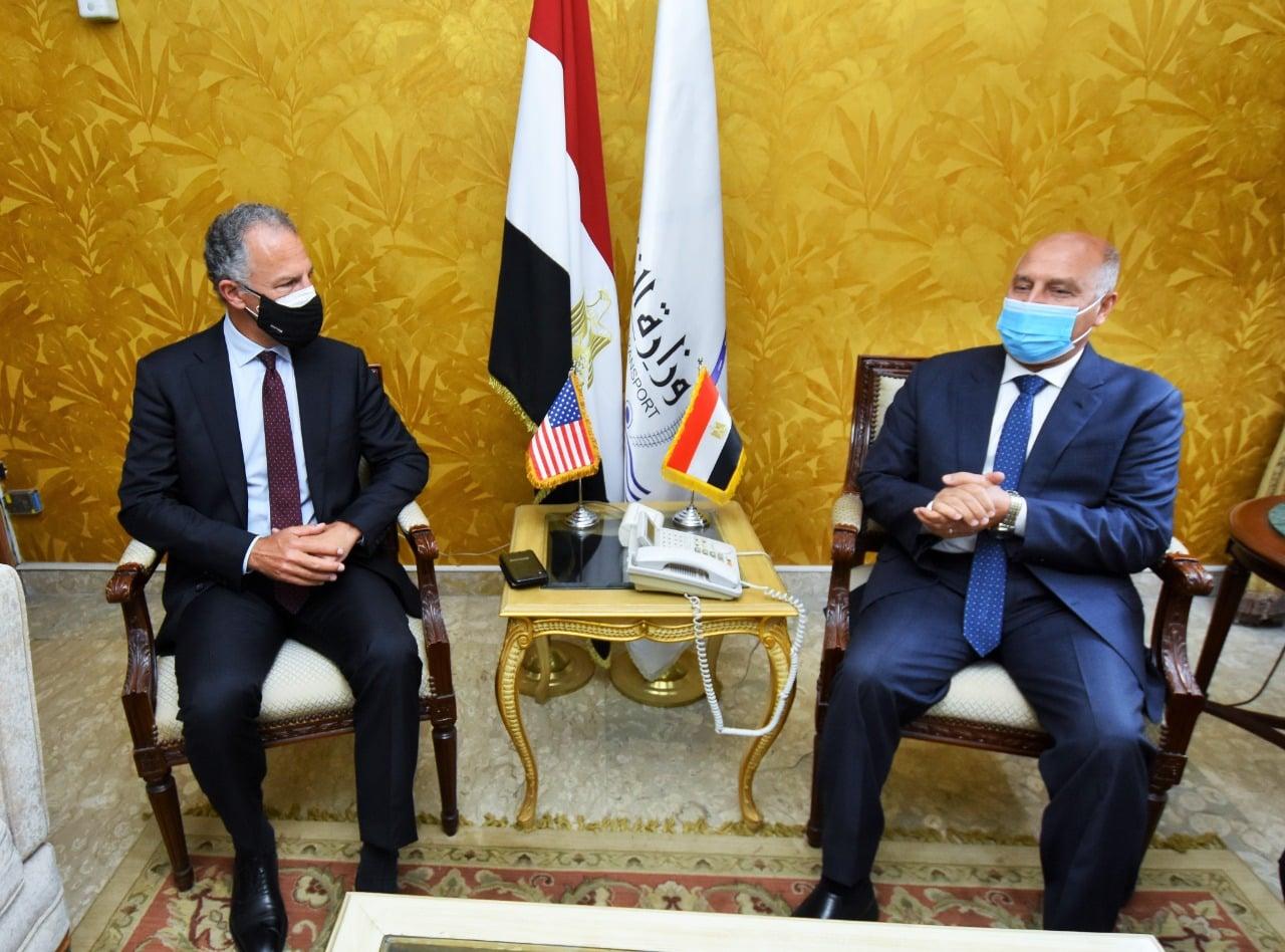 وزير النقل يستقبل السفير الأمريكي بالقاهرة لبحث تدعيم التعاون بين الجانبين في مجالات مترو الانفاق