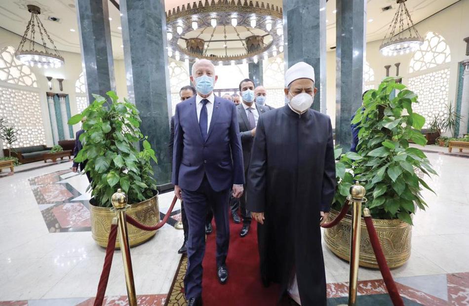 صور  الإمام الأكبر يستقبل الرئيس التونسي في مشيخة الأزهر