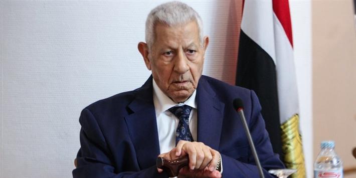 الأزهر ينعى الكاتب مكرم محمد أحمد: أثر في الحياة الفكرية والصحفية بمصر