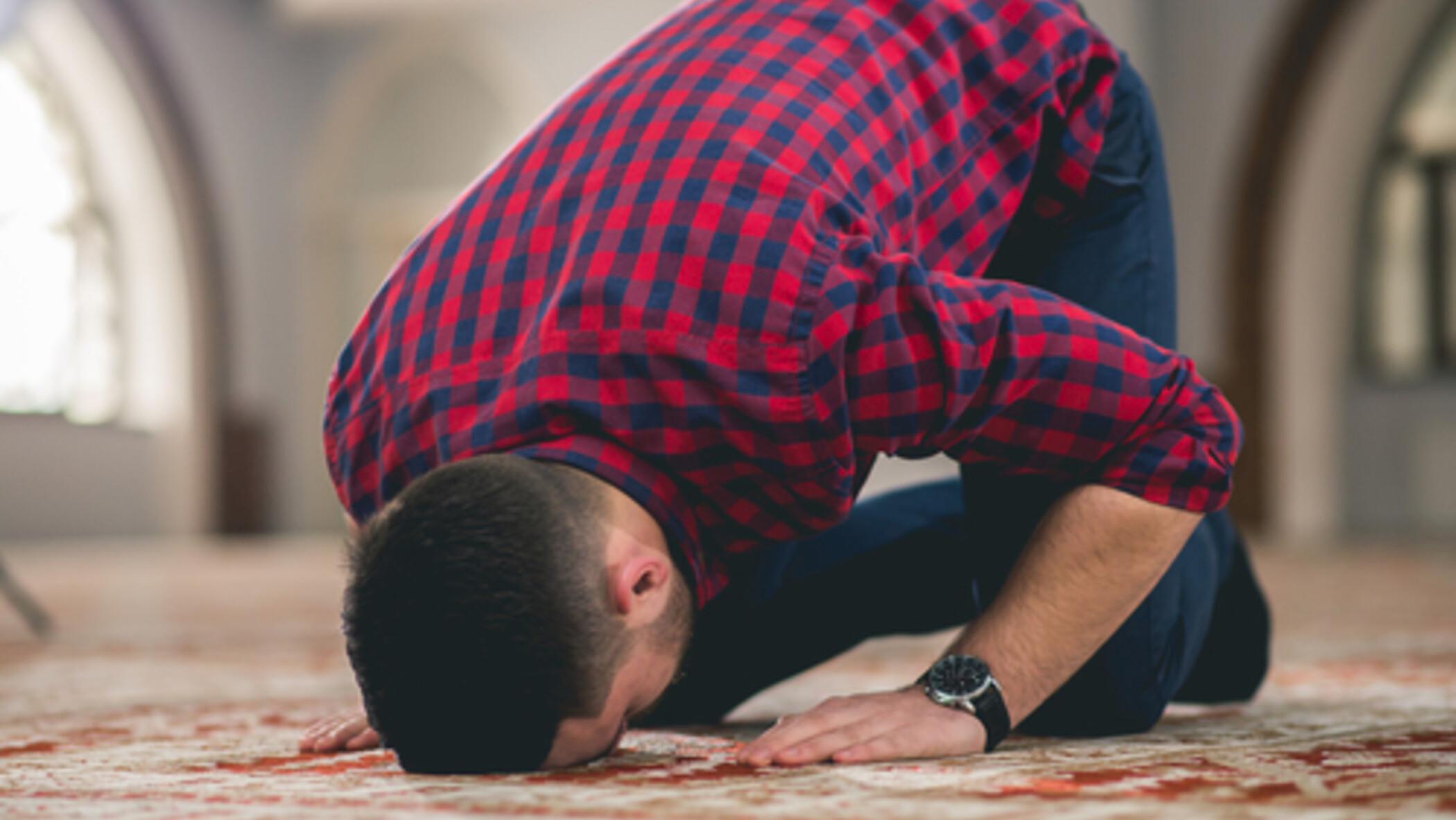 حكم الصوم مع ترك الصلاة في شهر رمضان