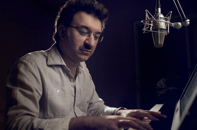 فيديو| الموزع الموسيقي سيروس و عبدالمجيد عبدالله في ابتسم