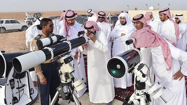 السعودية: تعذر رؤية هلال شهر رمضان.. وغداً الاثنين المكمل لشهر شعبان