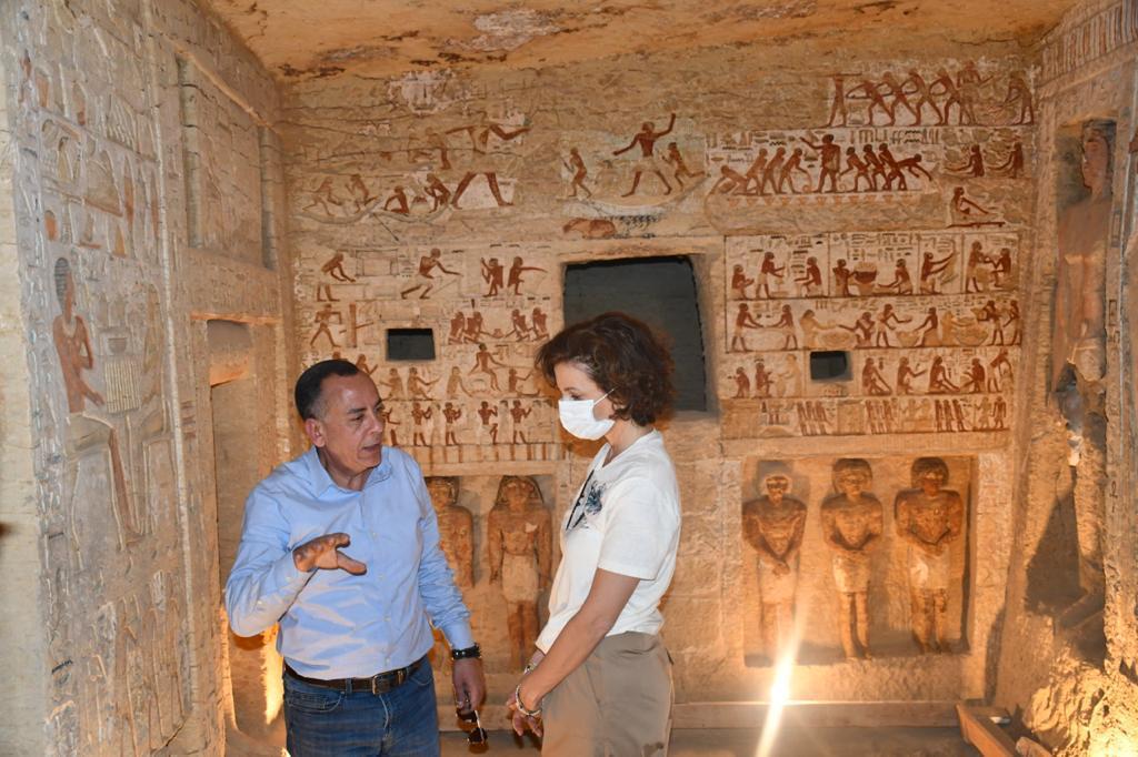 صور| مدير عام منظمة اليونسكو تزور القاهرة التاريخية ومنطقتي آثار سقارة وأهرامات الجيزة