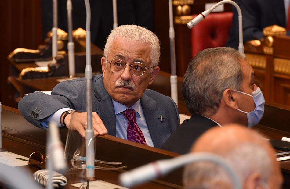عضو بالشيوخ لـ «وزير التعليم»: لست صاحب الرؤية الوحيدة للتطوير وتنمية بلدنا