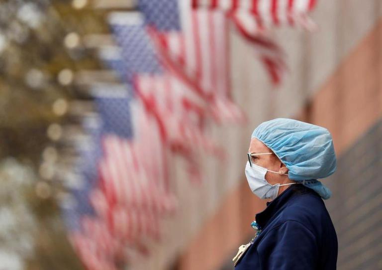 إصابات فيروس كورونا تكسر حاجز الـ «32 مليونا» في أمريكا
