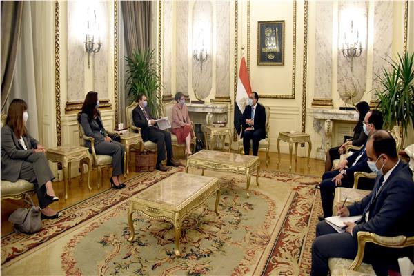 دولة رئيس الوزراء يلتقى رئيسة البنك الأوروبى لإعادة الإعمار والتنمية