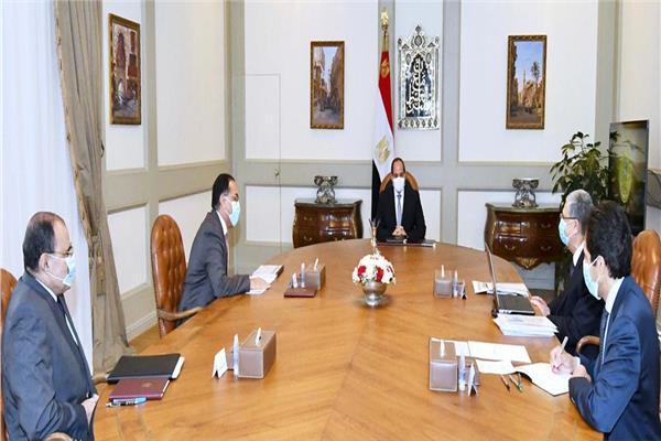 الرئيس السيسي يتابع مع «الحكومة» المشروعات القومية لوزارة الكهرباء