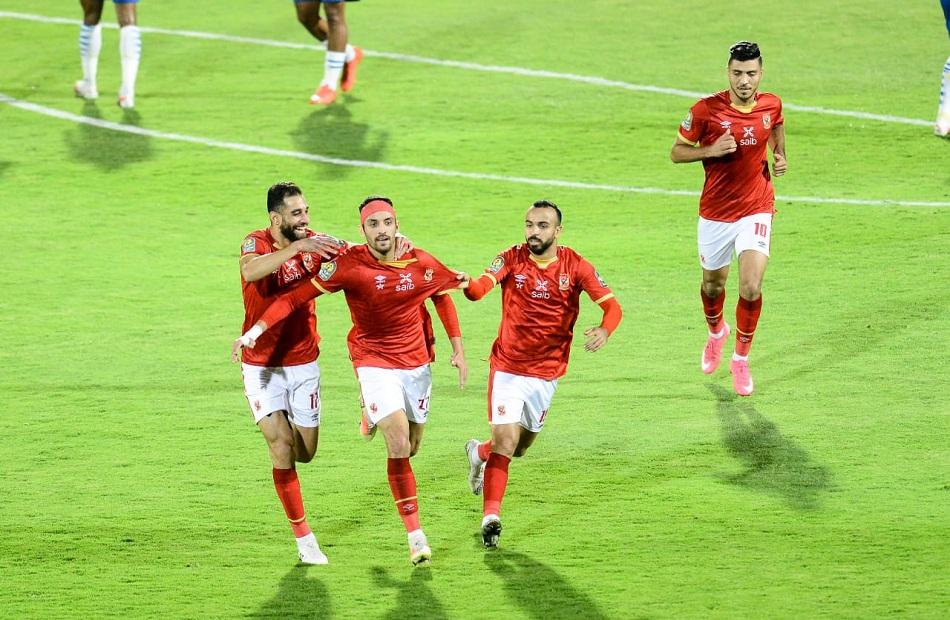 الأهلي يفوز على صن داونز بثنائية «طاهر و محسن»