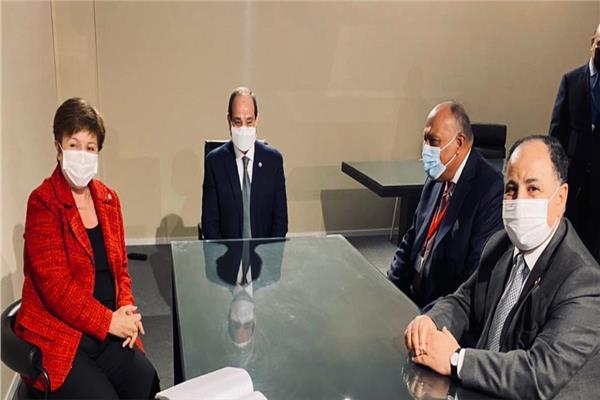الرئيس السيسي يلتقي مدير عام صندوق النقد الدولي بالعاصمة باريس