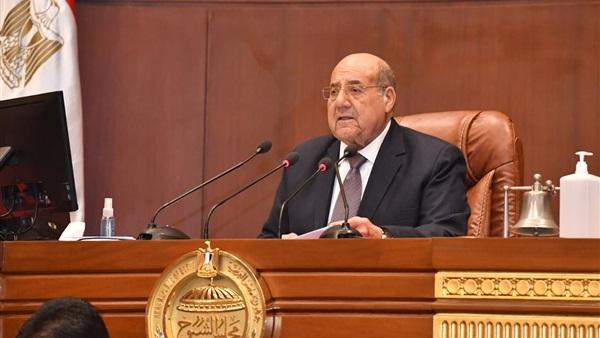 رئيس مجلس الشيوخ ناعيا جيهان السادات: مصر فقدت سيدة عظيمة قدمت أروع الأمثلة على عطاء ووفاء المرأة