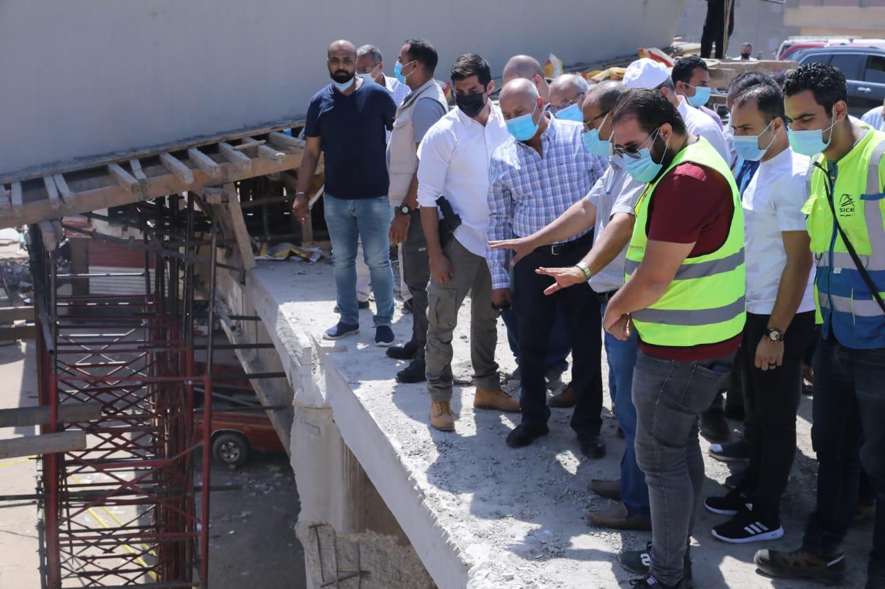 صور| وزير النقل يتابع التقدم في أعمال التطوير والصيانة الشاملة للطريق الدائري
