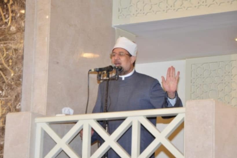 صور| وزير الأوقاف في خطبة الجمعة: مصر دولة لا تعرف سوى البناء والإعمار