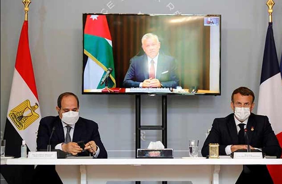 الرئيس السيسي يشارك في قمة ثلاثية حول تطورات الأوضاع في فلسطين بقصر الإليزيه