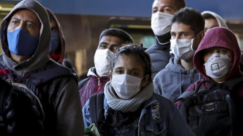 اليونان تلغي الارتداء الإلزامي لأقنعة الوجه الطبية في الشوارع بدءا من الخميس