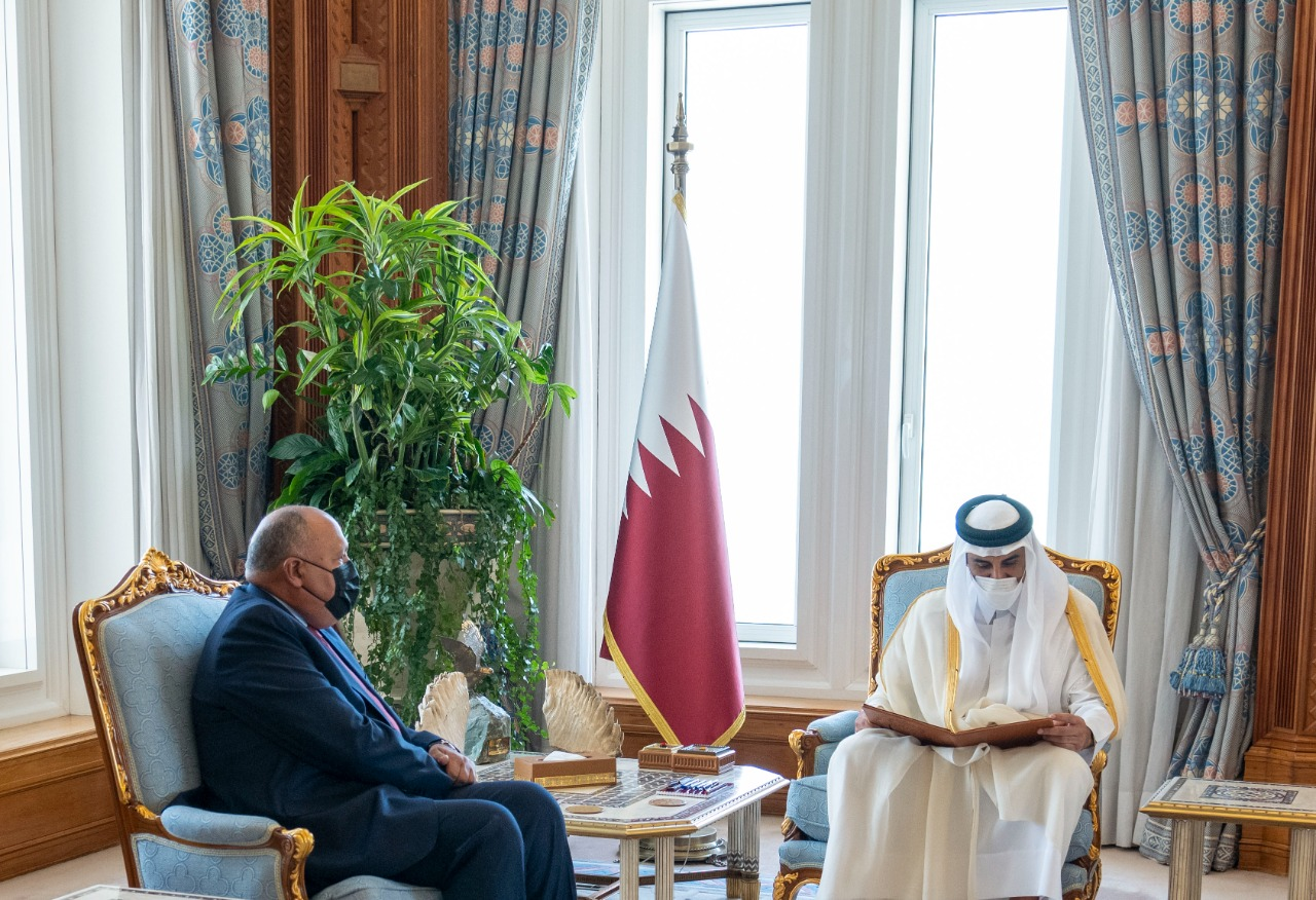 الرئيس السيسي يوجه دعوة الى أمير دولة قطر لزيارة مصر في أقرب فرصة