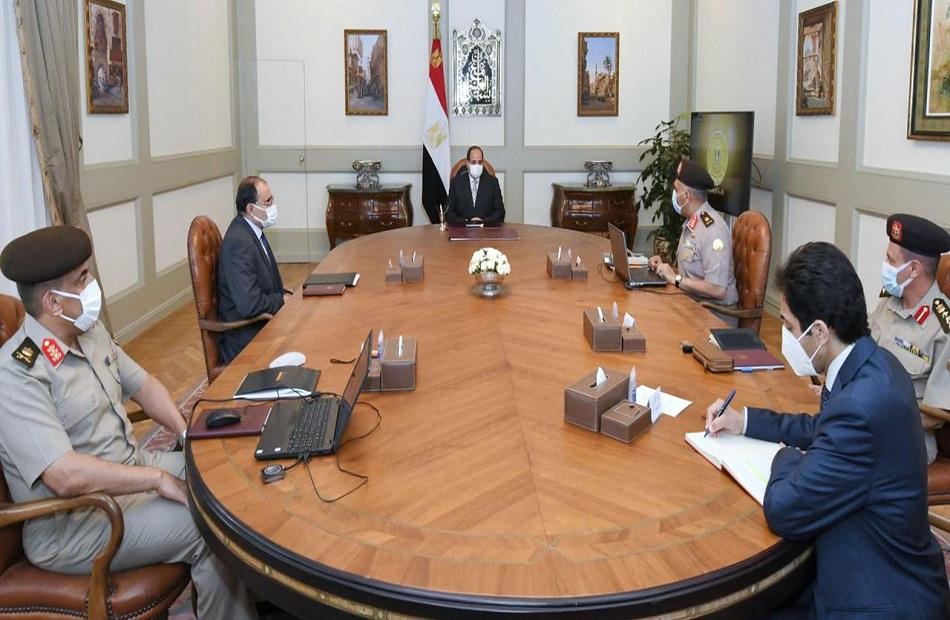 الرئيس السيسي يطلع على الموقف الإنشائي والهندسي لعدد من مشروعات الهيئة الهندسية