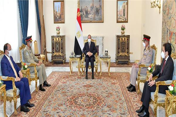الرئيس السيسي يستقبل رئيس هيئة الأركان المشتركة للقوات المسلحة الباكستانية