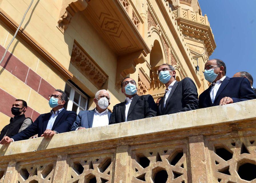 صور| رئيس الوزراء يتفقد مشروع ترميم وإحياء قصر السلطان حسين كامل