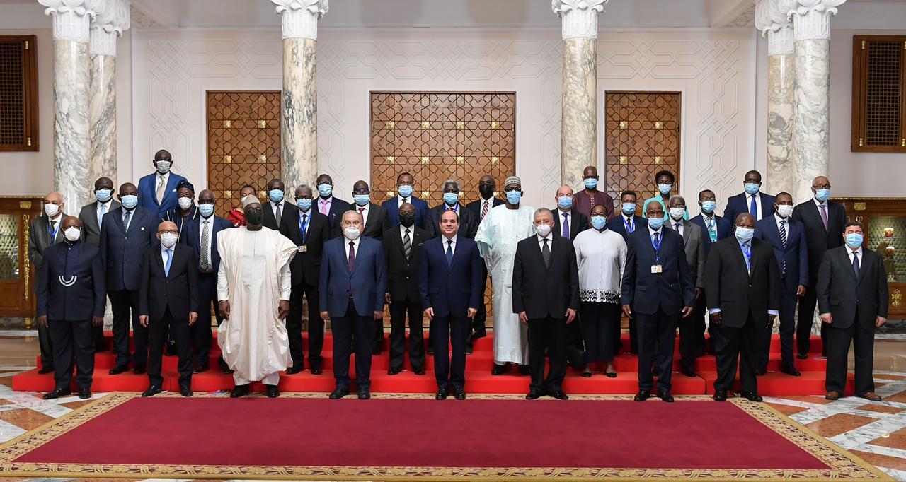 صور| الرئيس السيسي يستقبل رؤساء المحاكم الدستورية والعليا الأفارقة