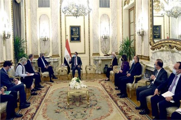 رئيس الوزراء: ملفات البيئة لم تعد ترفاً ومصر تتعامل معها بمنتهى الجدية